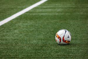 アディダスのサッカーボール