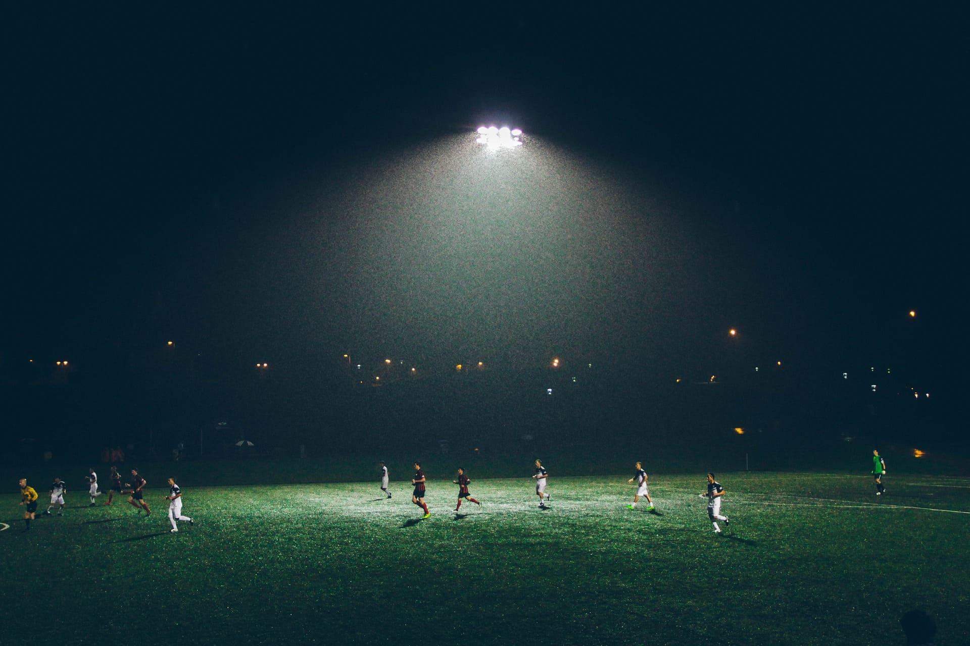 soccer-768482_1920